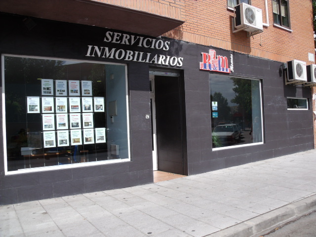SERVICIOS INMOBILIARIOS RM